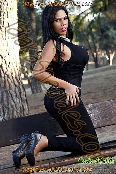 Travesti Flavia Meireles