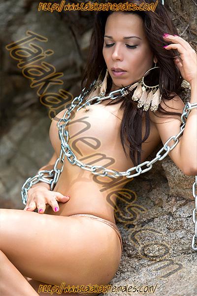 Shemale Escort Samantha Ferro