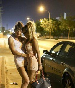 Cristina transexual operada y Mar las travestis agredidas en el polígono Guadalhorce de Malaga
