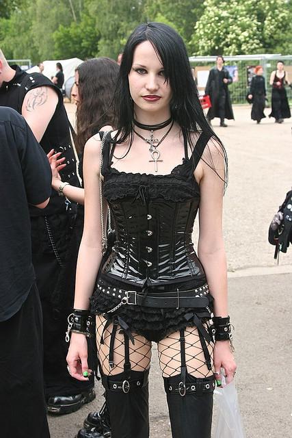 Women Gotik