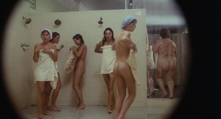 chicas desnudas en la ducha