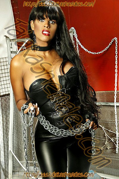 Negrasa africana Travesti Zilow