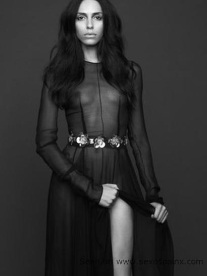 Lea T modelo transexual en las pasarelas de moda